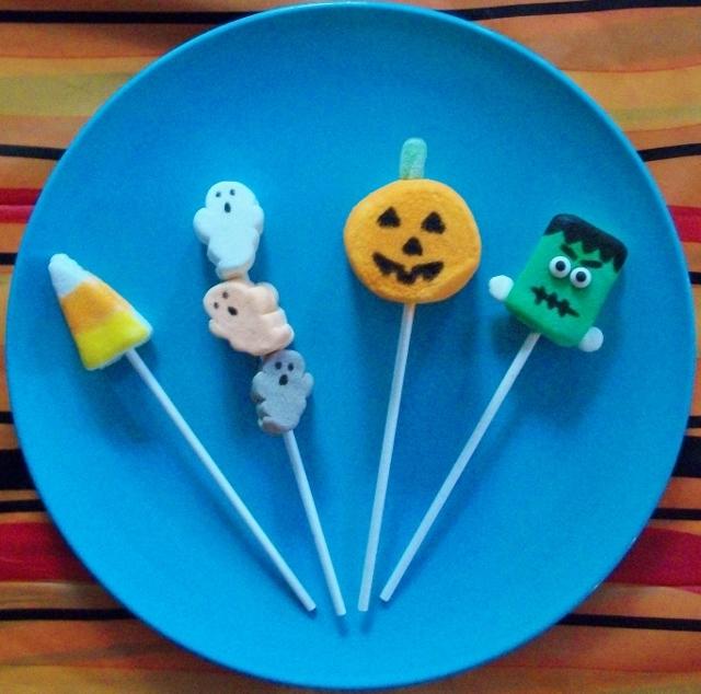 Spooky Marshmallow Pops