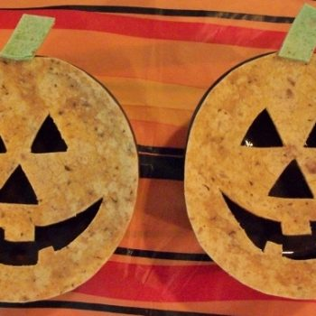 Black Bean Soup w/Toasted Jack-o-Laterns
