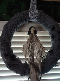 5 Minute Spooky Halloween Wreath