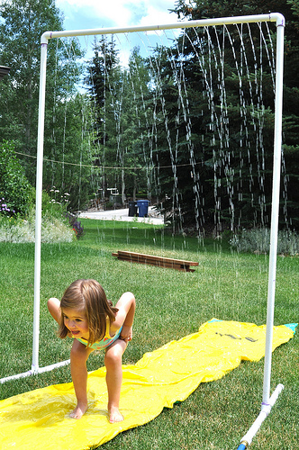 How to Make a Sprinkler from PVC Pipe