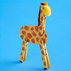 Clothespin Giraffe