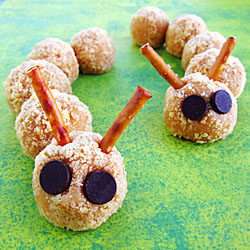 Cookie Crumble Cheesecake Caterpillars
