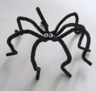 Pipe Cleaner Spiders Fun Family Crafts