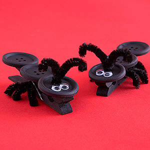 Ant Tablecloth Clips