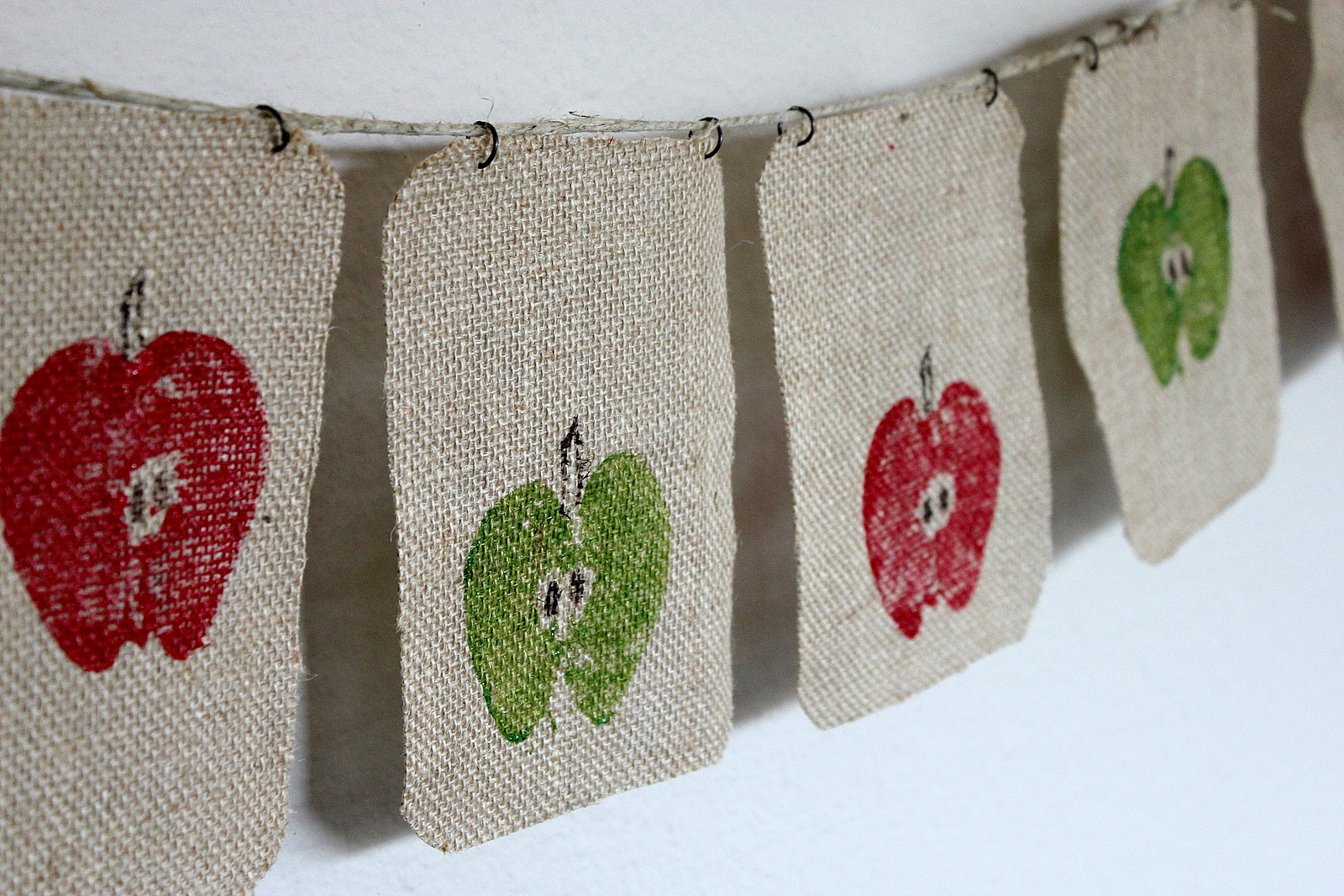Burlap Apple Banner