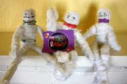Halloween Mummies Craft