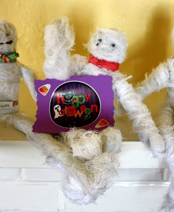 Halloween Mummies Craft
