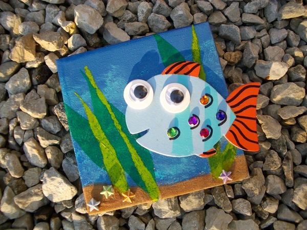 Fish art fun family crafts for Fish art and craft