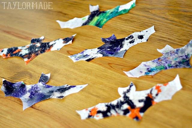 Halloween Crayon Bats