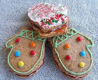 Peanut Butter & Jelly Mitten Cookies