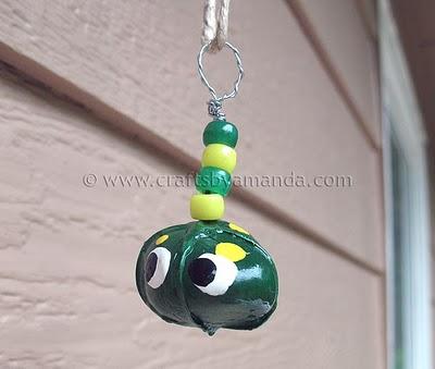 pet-rock-necklace-2