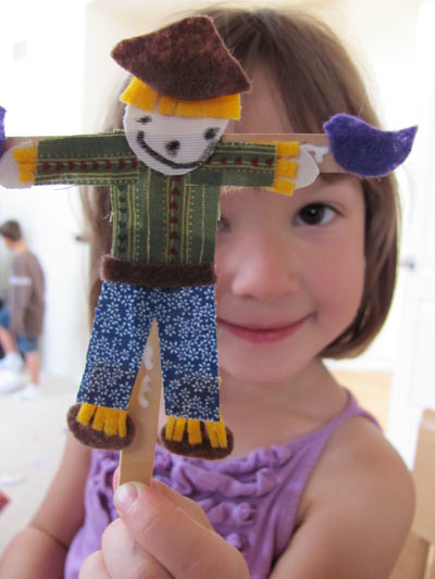 Popsicle Stick Scarecrows | Fun Family Crafts