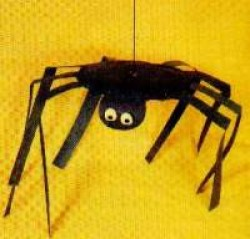 Paper Plate Halloween Spiders
