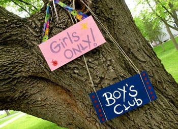 treehouse-signs-craft-photo-350x255-aformaro-img_9233_rdax_65