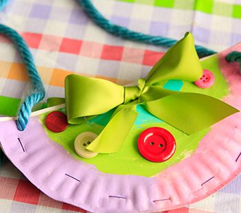 Paper Plate Handbags & Paper plate crafts Archives | Fun Family Crafts