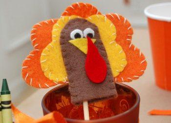 Thanksgiving Turkey Finger Puppets