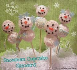 Snowman Cupcake Skewers