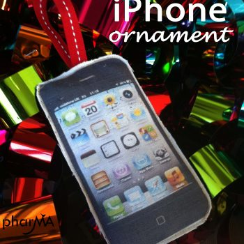 iPhone Ornament