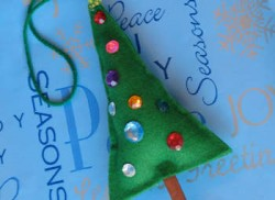 Stuffed Felt Christmas Tree