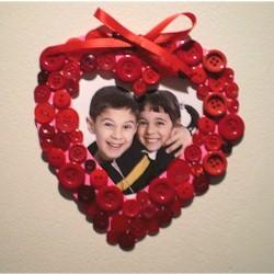 Button Valentine Frame