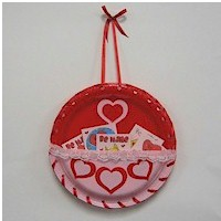 Paper Plate Valentine Card Holder