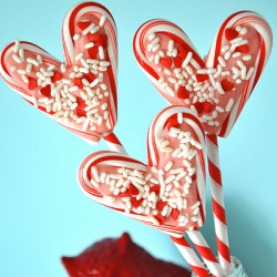 Candy Cane Heart Pops