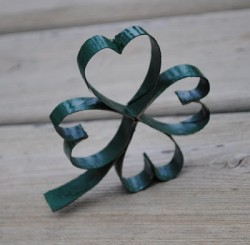 Cardboard Tube Shamrocks