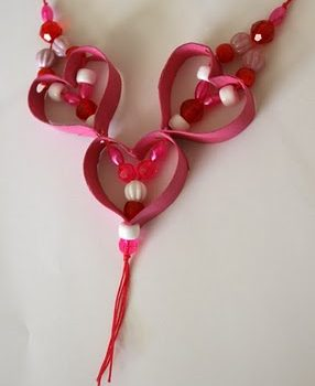 Cardboard Tube Valentine Necklace