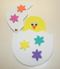 Peek a boo chick fun family crafts - Bricolage paques cm2 ...