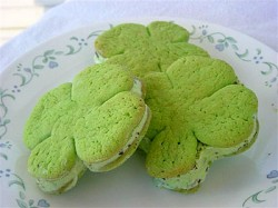 Shamrock Ice Cream Sandwiches