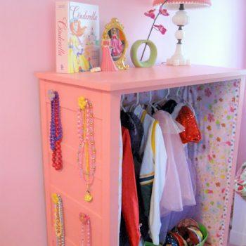 Little Girl's Dress Up Center