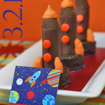 Mini Space Shuttle Cakes