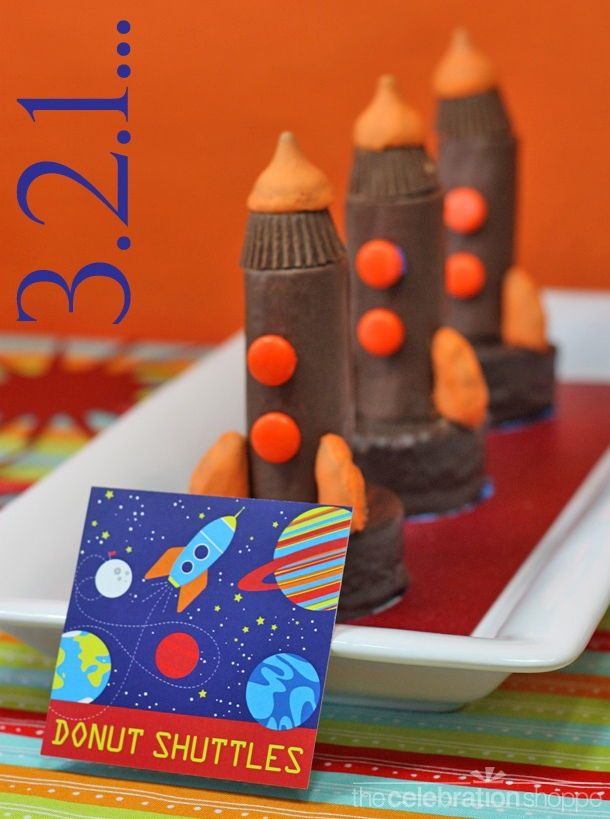 Mini Space Shuttle Cakes