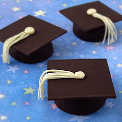 Graduation Cap Cakes