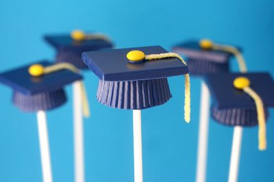 graduation_pops