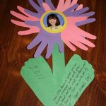 handprint-flower2