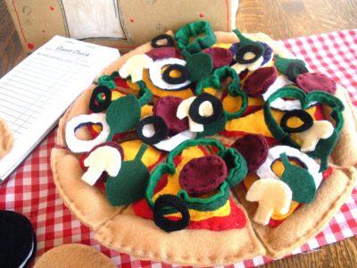 Play Pizza Restaurant