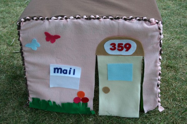 No-Sew Fabric Playhouse