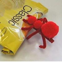 Pom Pom Ant Chip Clip