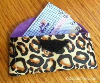 Easy Doll Clutch Wallet and Play Money