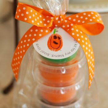 Halloween Thumbprint Tags