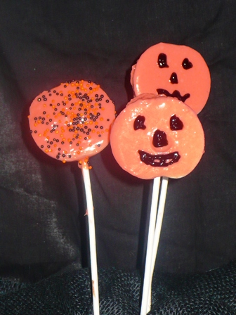 Halloween Chocolate Apple Slice Pops