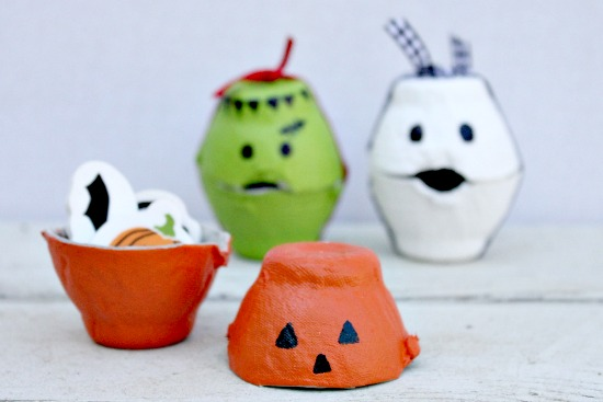 Halloween Egg Carton Treat Containers