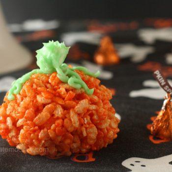 Candy-Filled Rice Krispies Treat Pumpkins