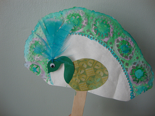 Peacock fan fun family crafts for Peacock crafts for adults