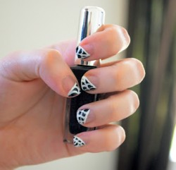 Spider Web Tip Nails