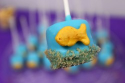 Marshmallow Goldfish Pops