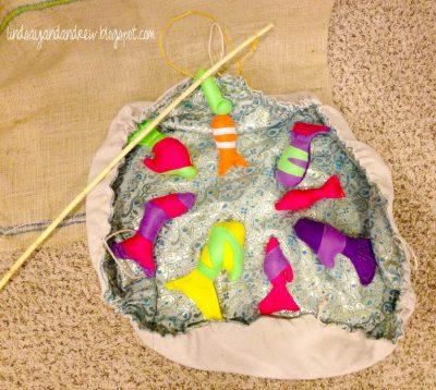Felt Magnetic Fish and Cinch Sack Pond