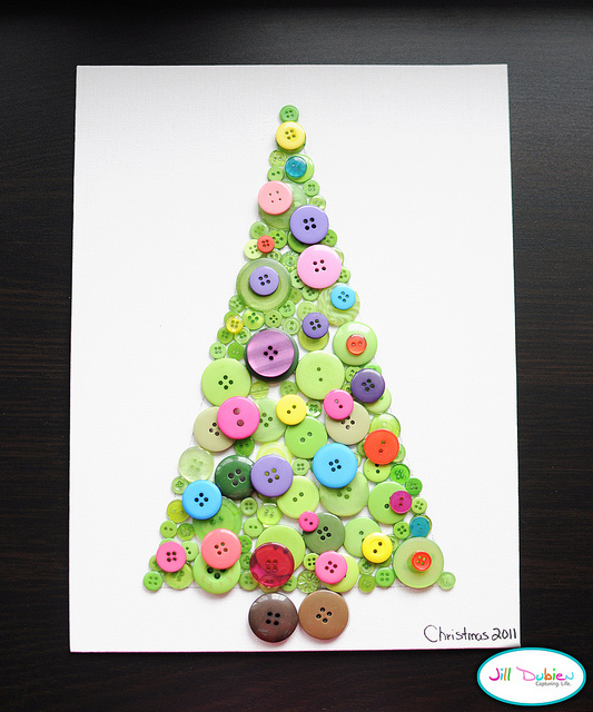 Button Christmas Tree Canvas