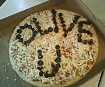 Olive You Valentine Pizza